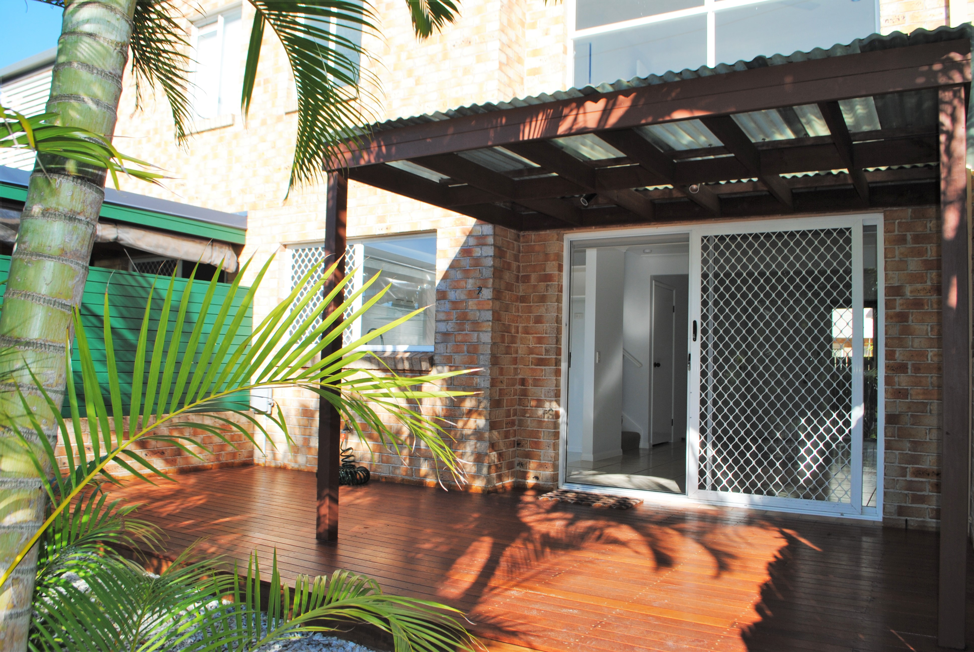 2/452 Coolangatta Road TUGUN
