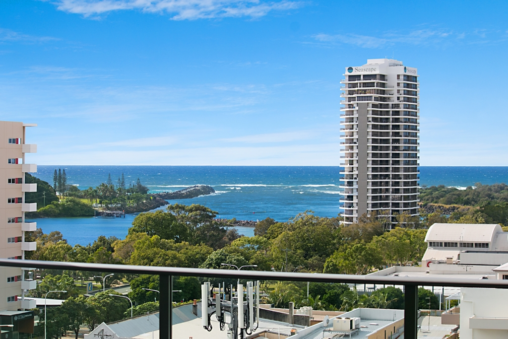 904/9-11 'Bay Grand Apartments' Enid Street TWEED HEADS