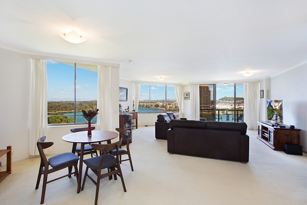3A/3 `Yacht Harbour Towers' Eden Street TWEED HEADS