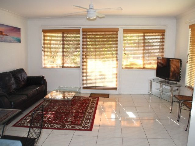 1/37 Coolangatta Road Kirra