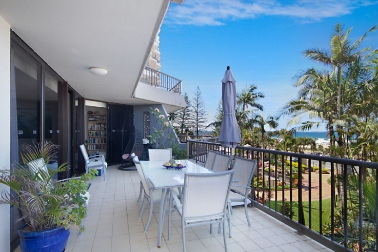 2i/828 Pacific Parade - The Rocks Resort