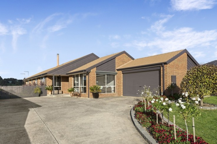 8 Callistemon Court