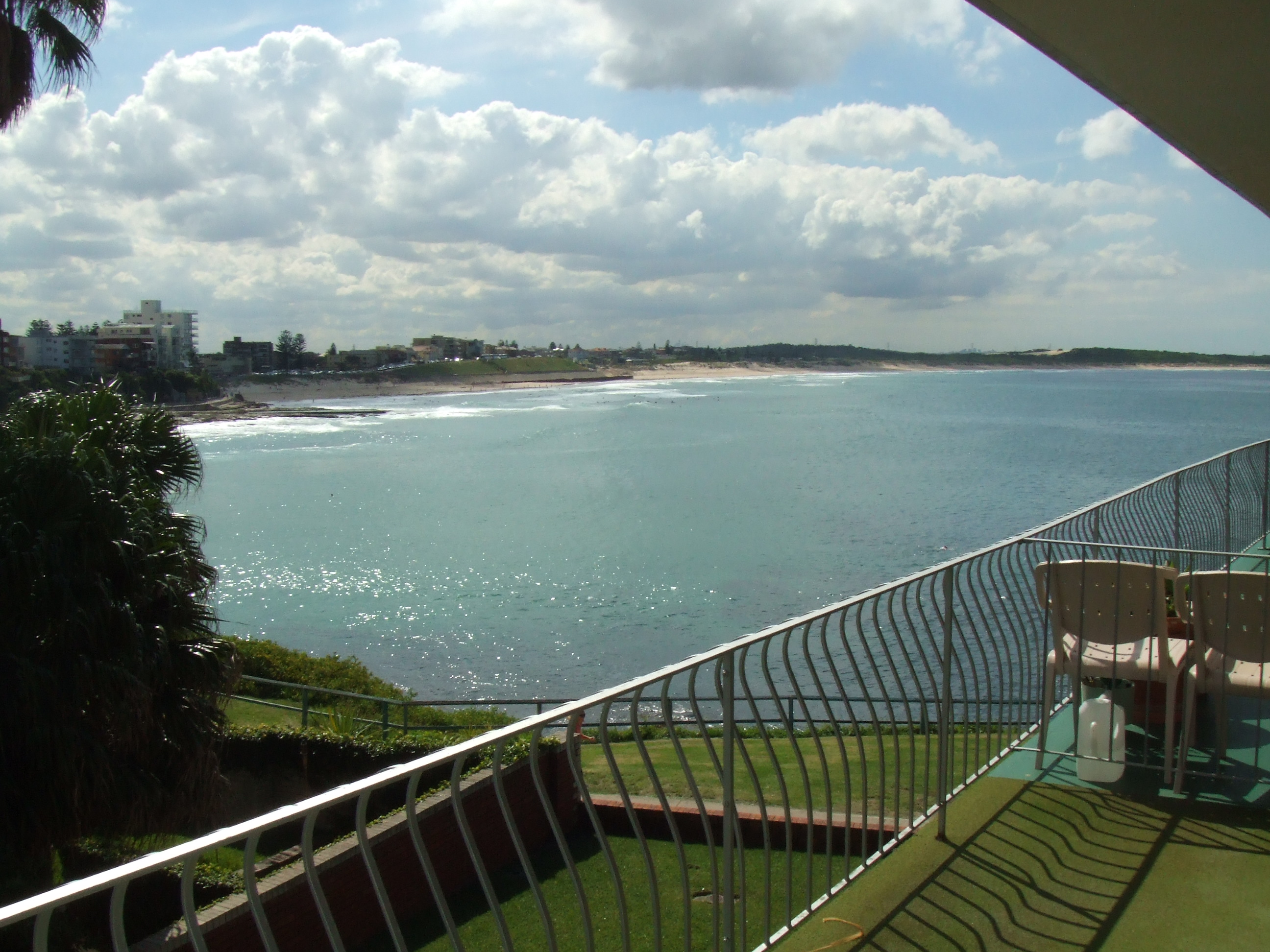 10/12 The Esplanade CRONULLA