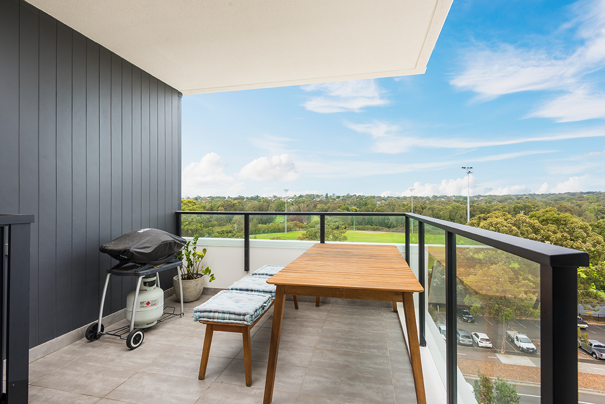 501/475 Captain Cook Drive WOOLOOWARE