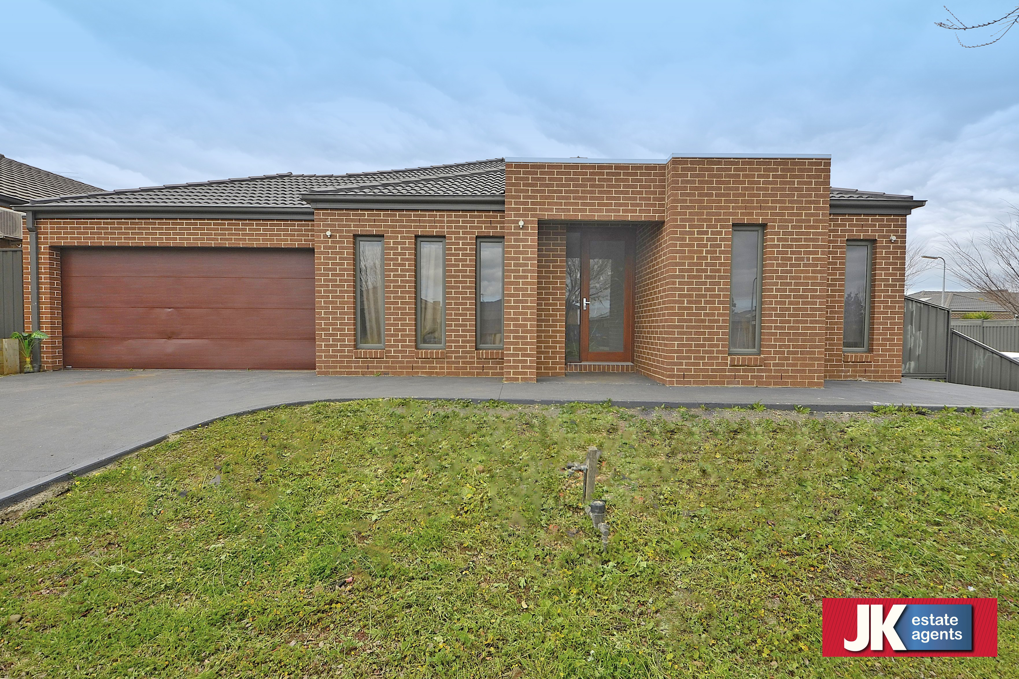117 Kinglake Drive MANOR LAKES
