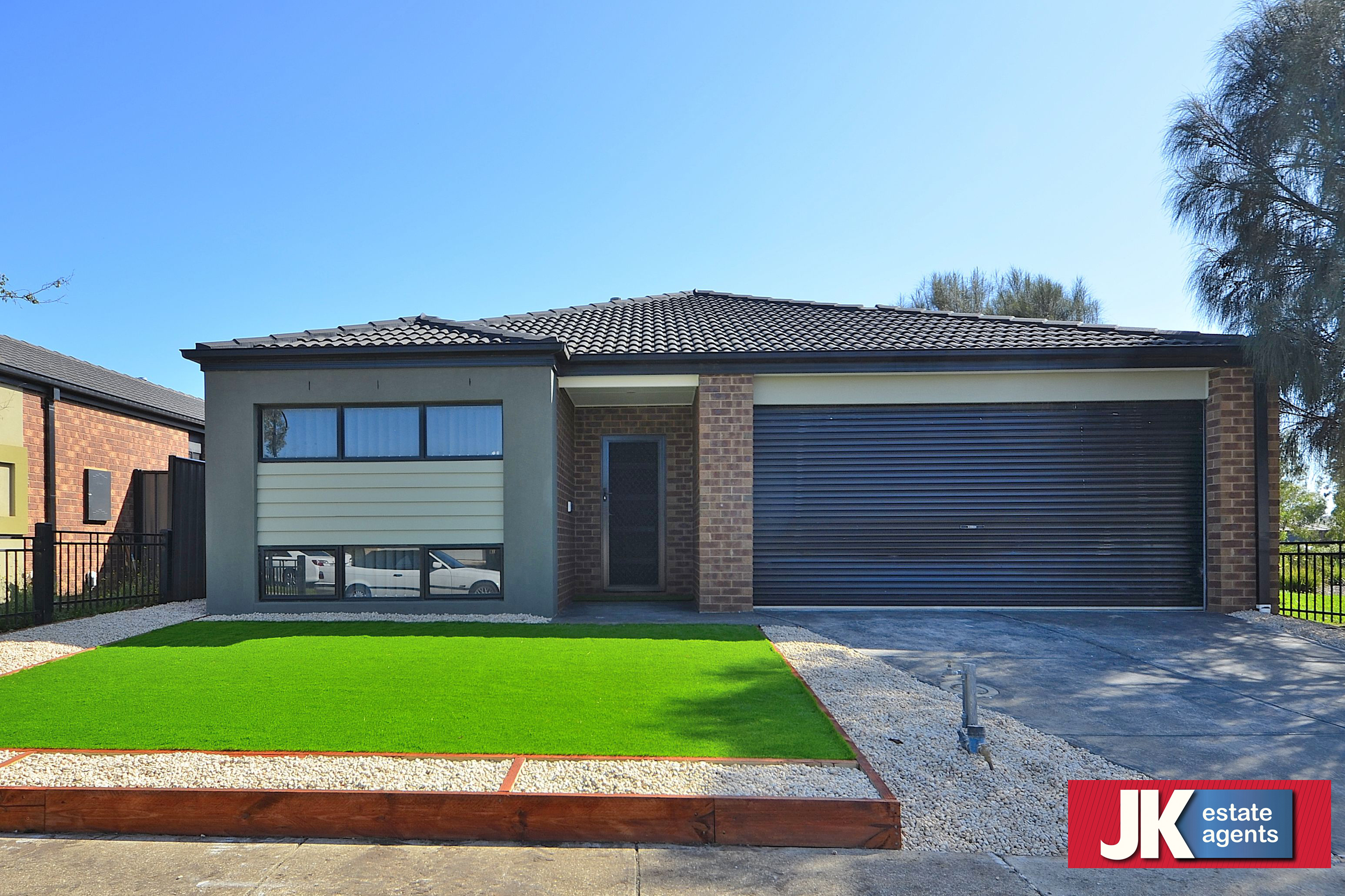 9 Carbine Avenue TARNEIT