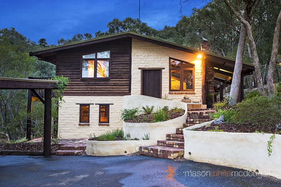 22 Lynnbrae Ave HURSTBRIDGE