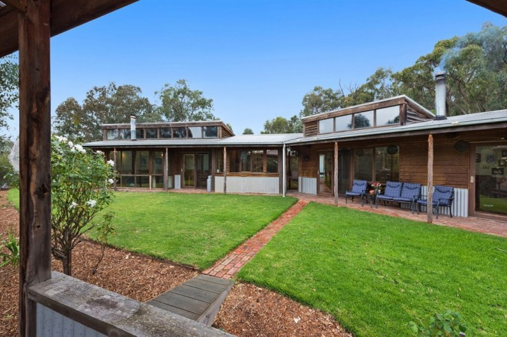 35 Long Gully Road