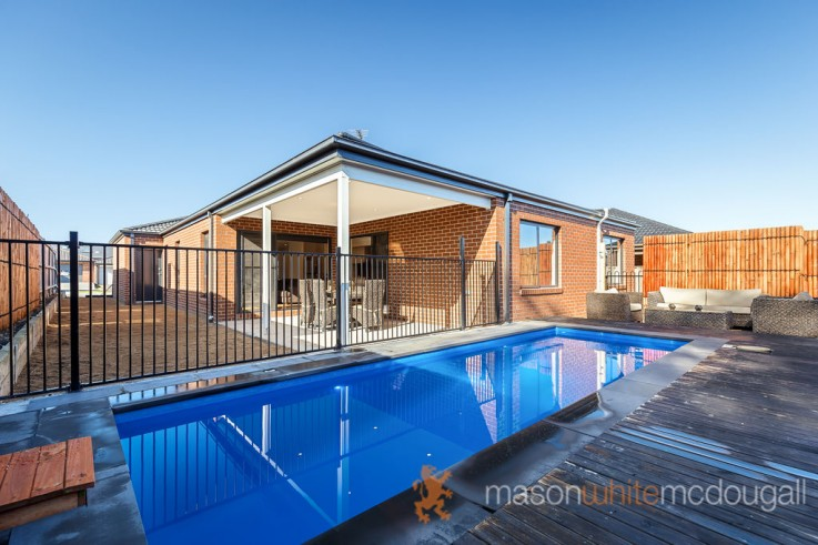 7 Coolgardie Way