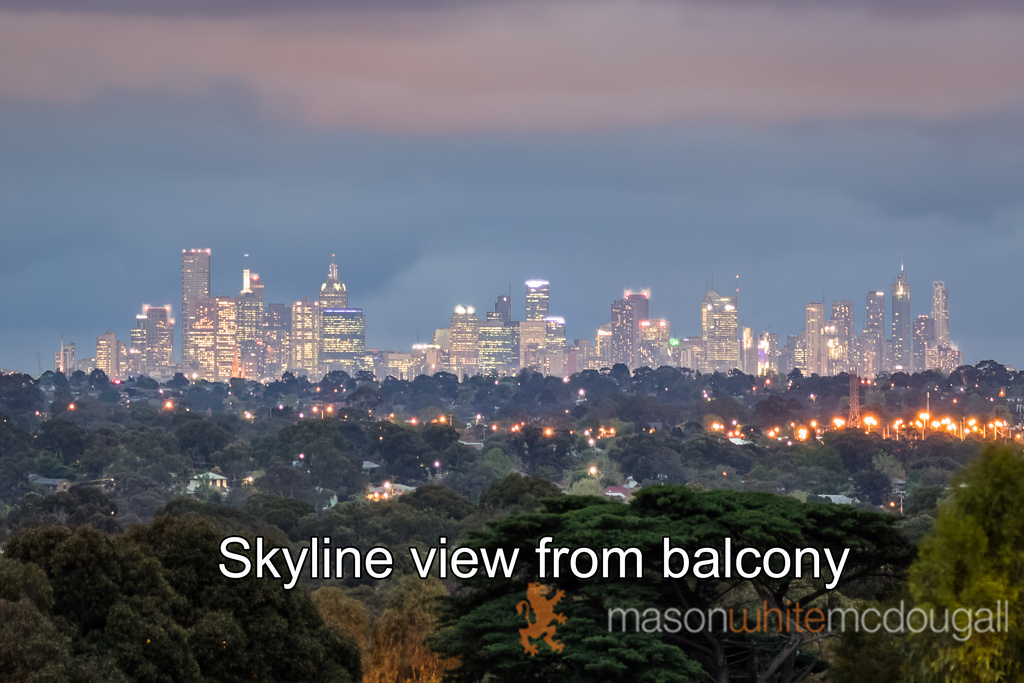 33 Diamond Boulevard GREENSBOROUGH
