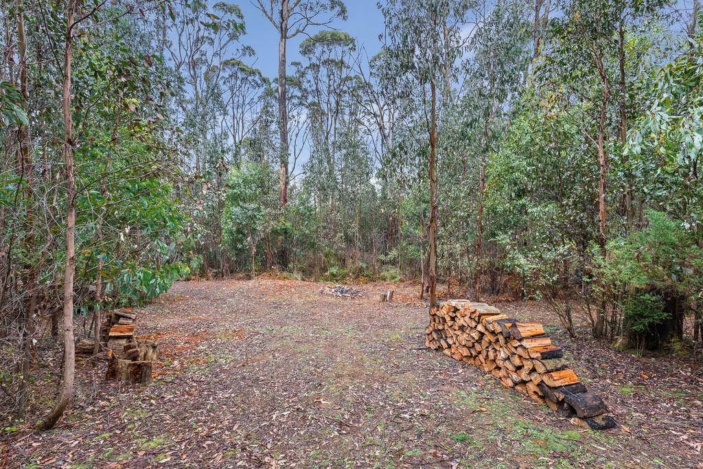 111 Deviation Road KINGLAKE