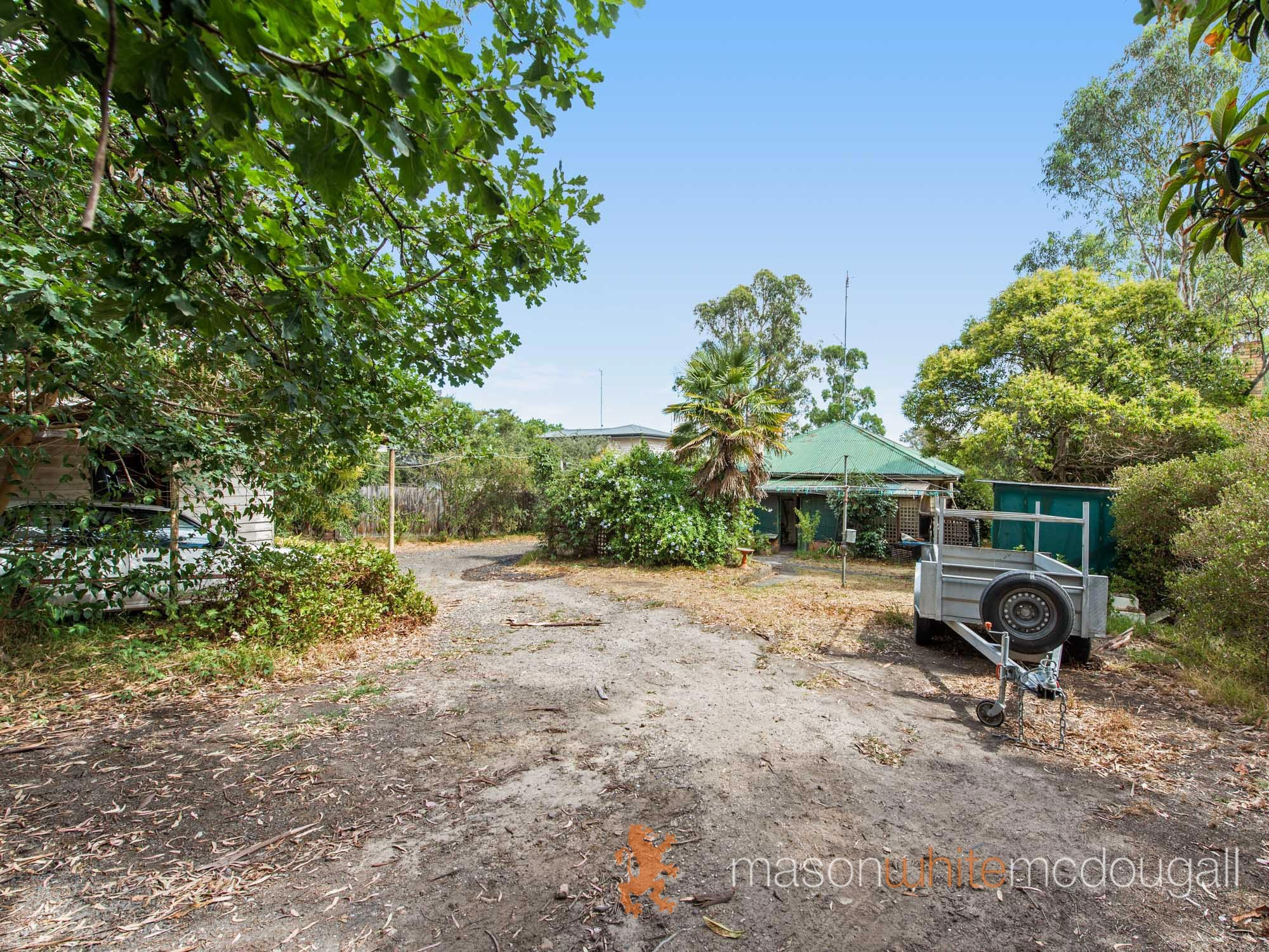 954 Heidelberg - Kinglake Road HURSTBRIDGE
