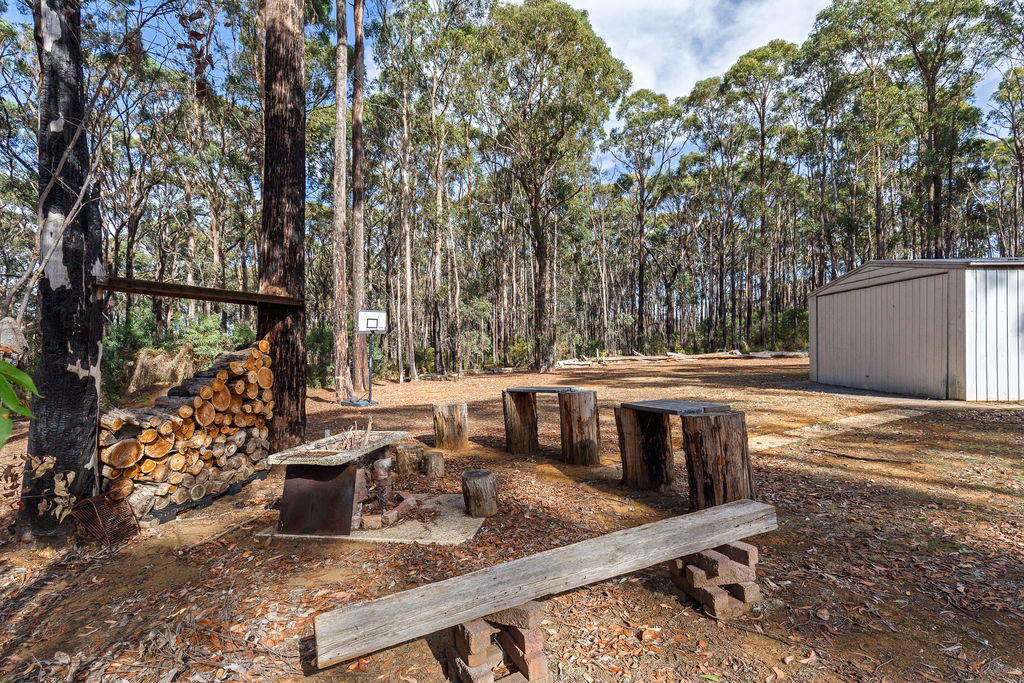 29 Plover Way KINGLAKE WEST