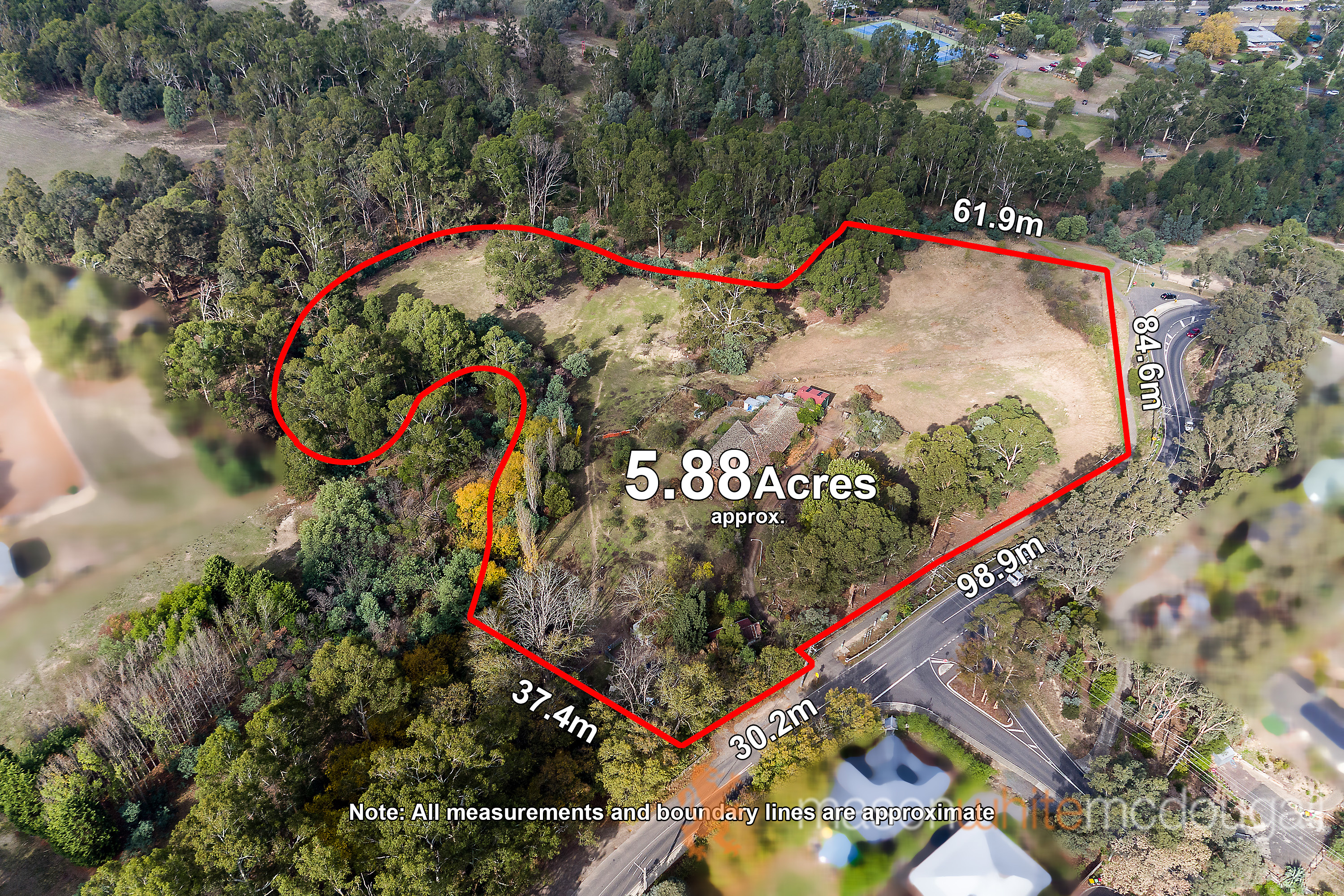 70 Arthurs Creek Road HURSTBRIDGE