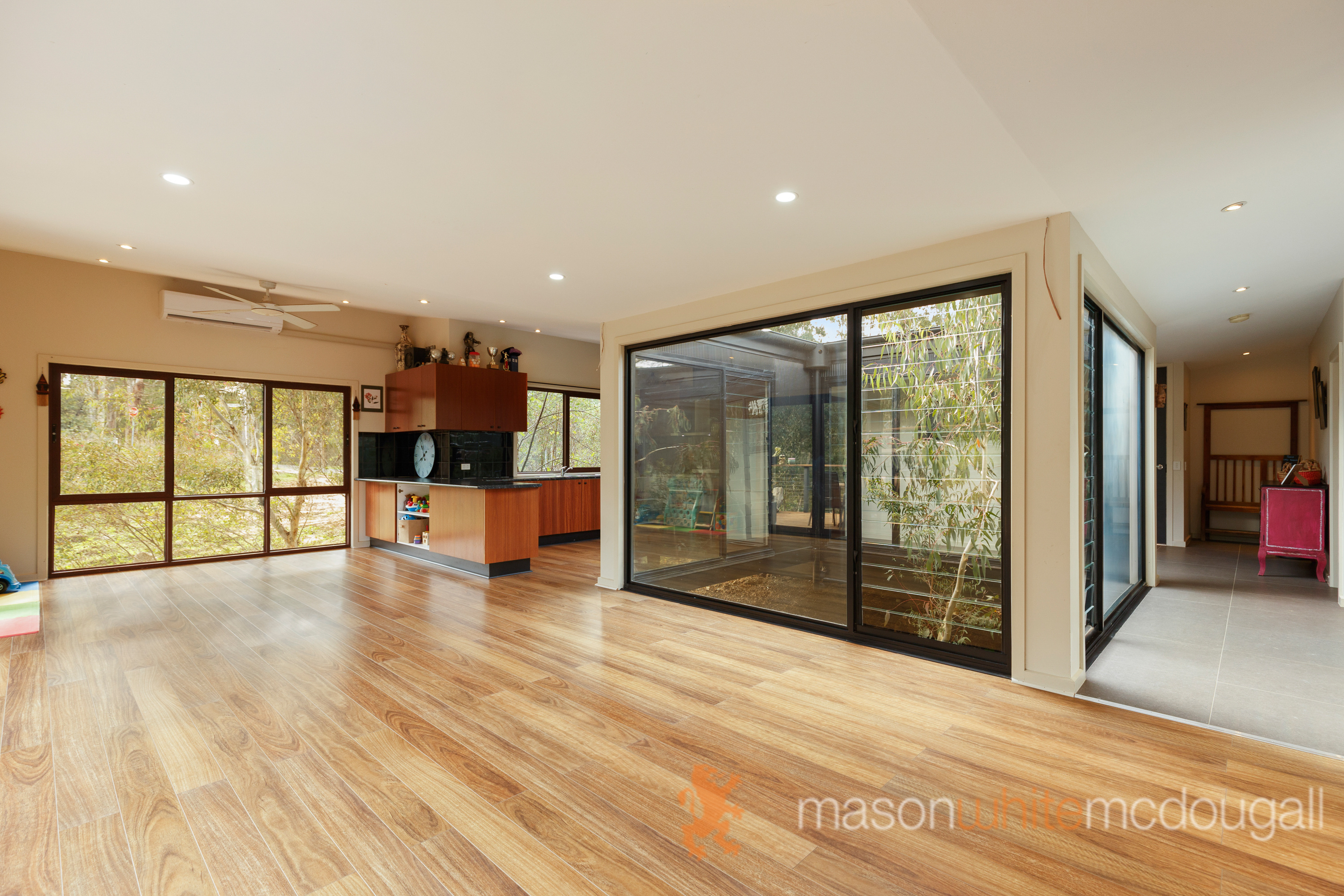 65 Arthurs Creek Road HURSTBRIDGE