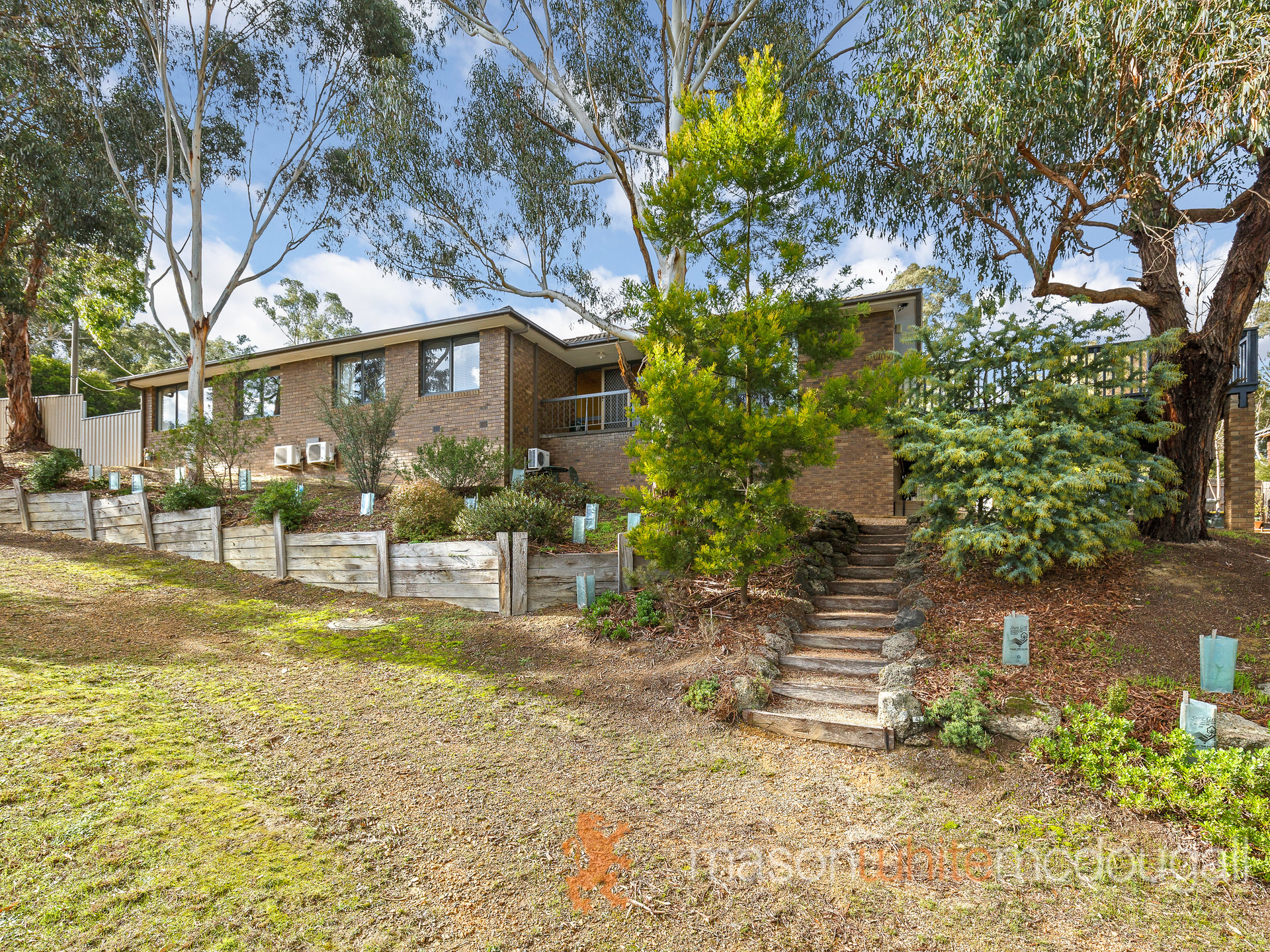 43 Coolaroo Avenue HURSTBRIDGE