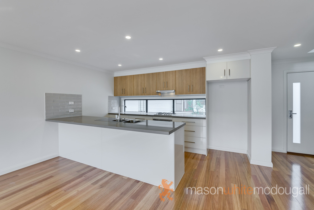 6 Butchers Mews HURSTBRIDGE