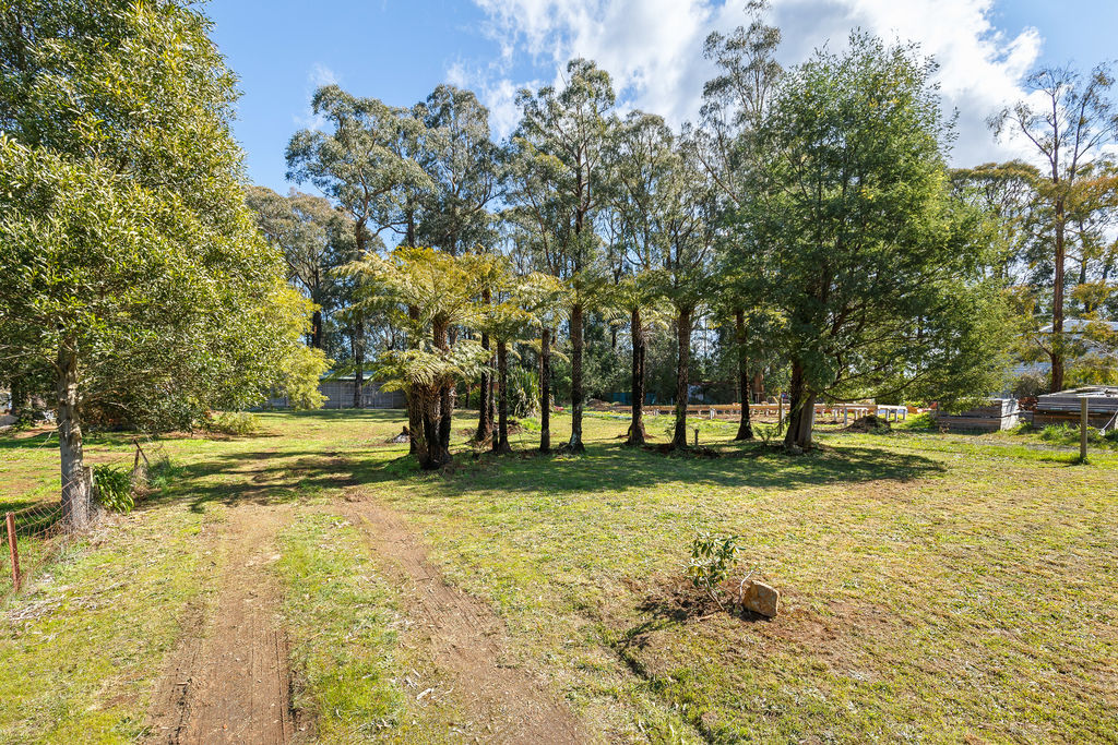 73 Whittlesea-Kinglake Road KINGLAKE