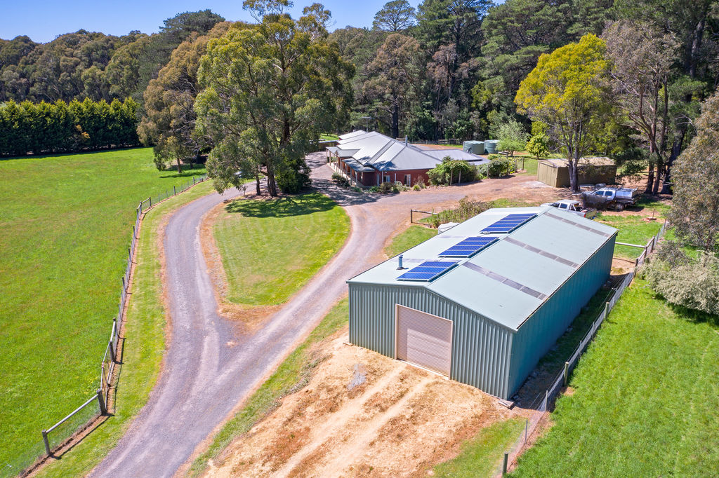 10 Kestrel Lane KINGLAKE WEST