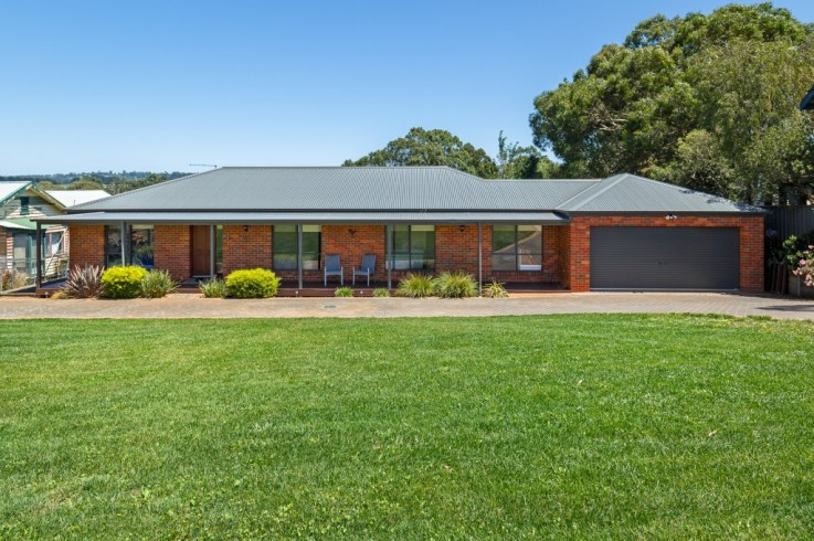 251 Kinglake-Glenburn Rd