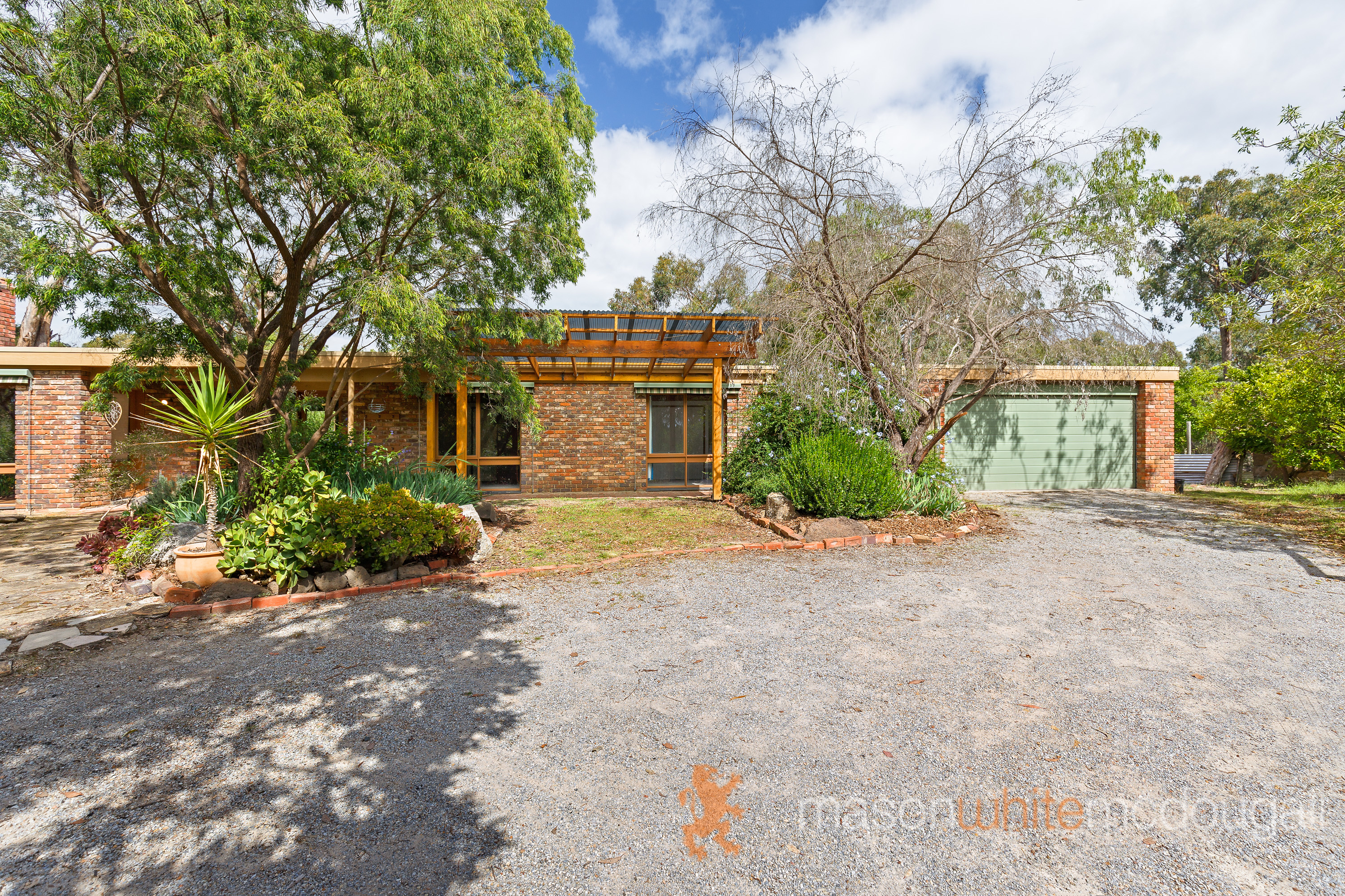 90 Salters Rush Road SMITHS GULLY