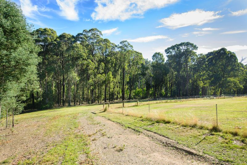 22 MOUNTAIN RUSH LANE KINGLAKE