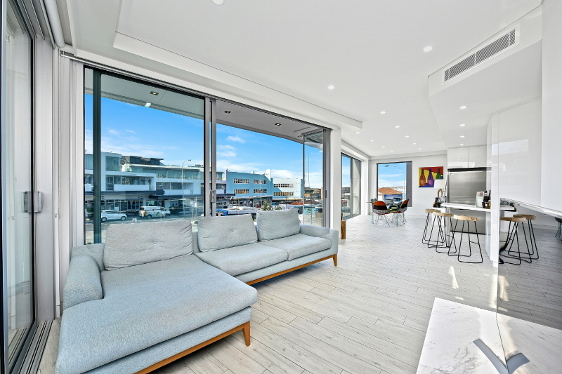 3/300 Campbell Parade BONDI BEACH