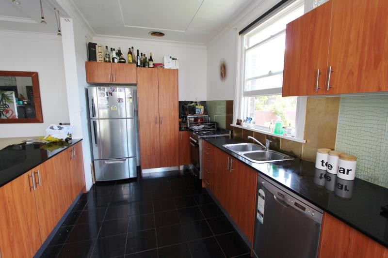 50 Lancaster Road DOVER HEIGHTS