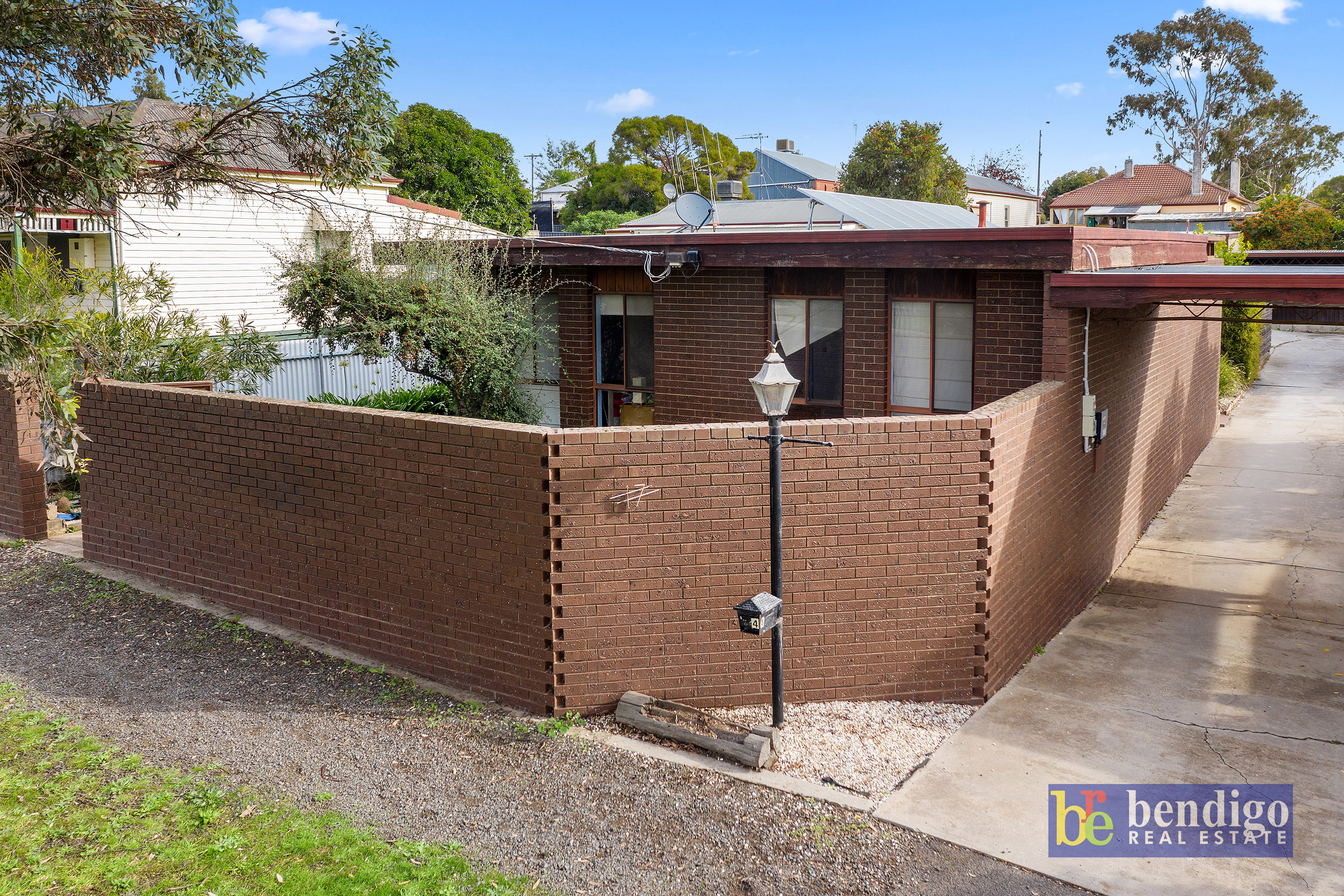 4/17 Arms Street LONG GULLY