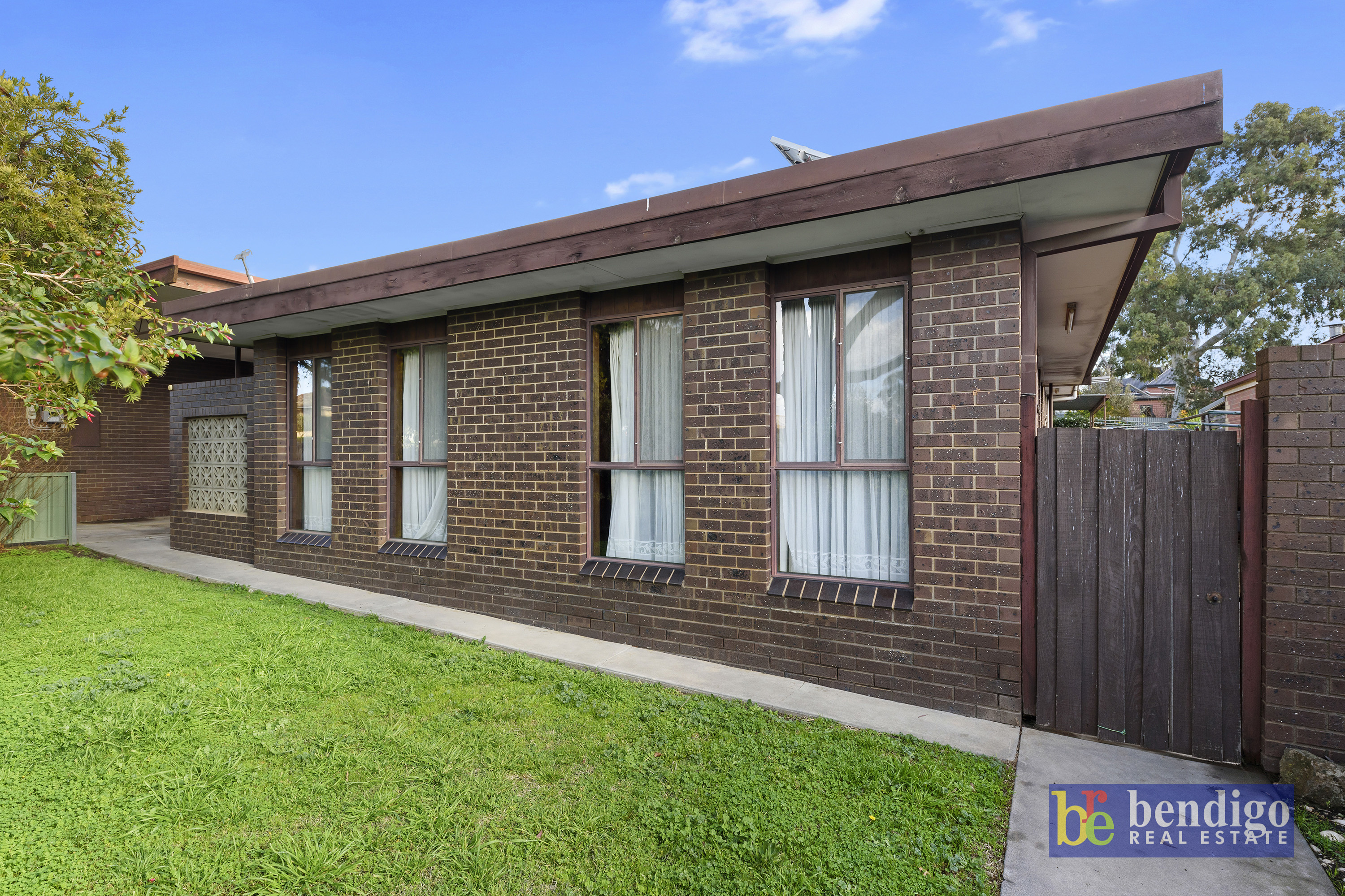 1/17 Arms Street LONG GULLY