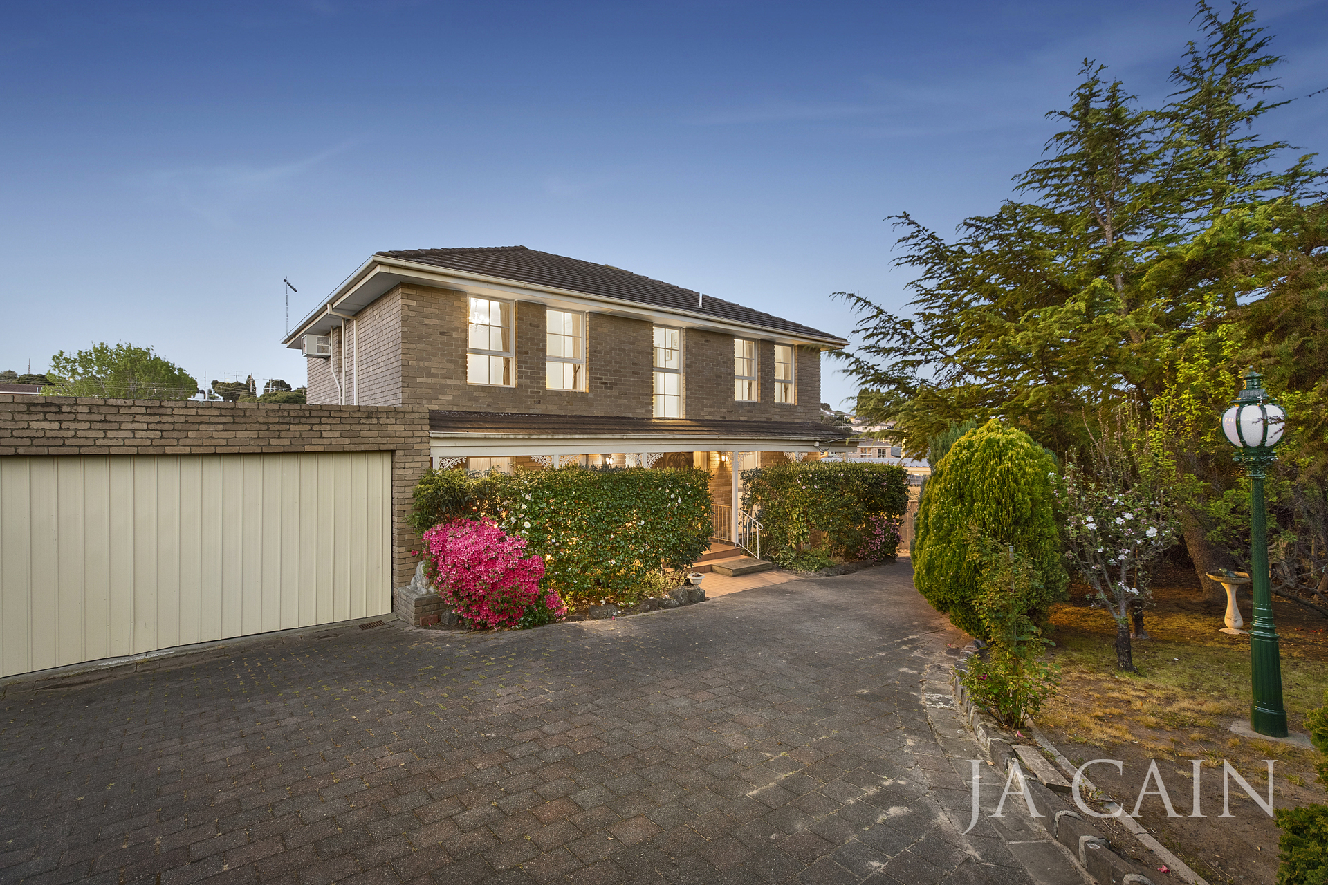 2 Robyn Court Dandenong North
