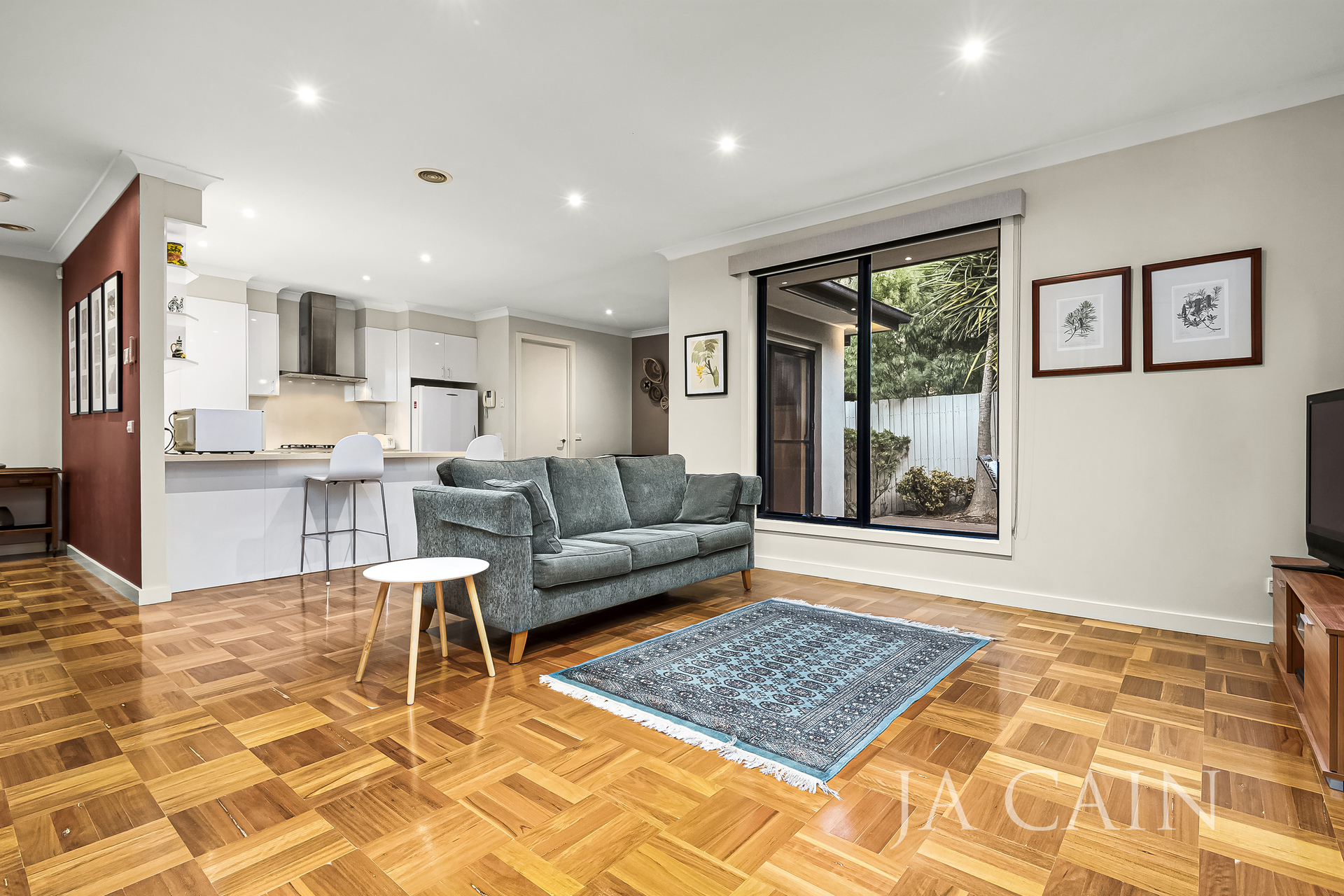 3/76 Summerhill Road Glen Iris