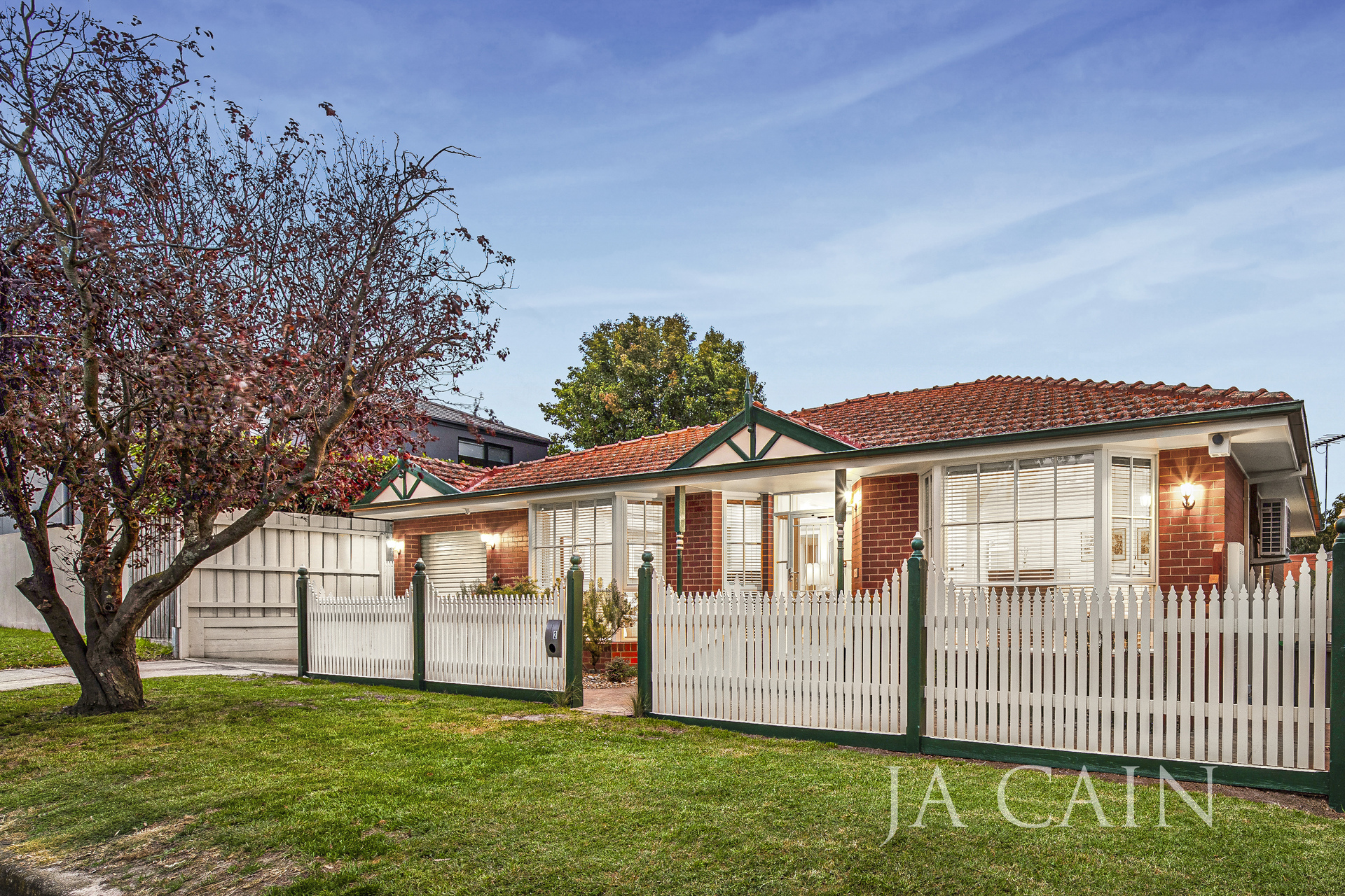 2 Baylon Street Bentleigh