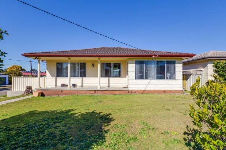 9 Thirlmere Parade
