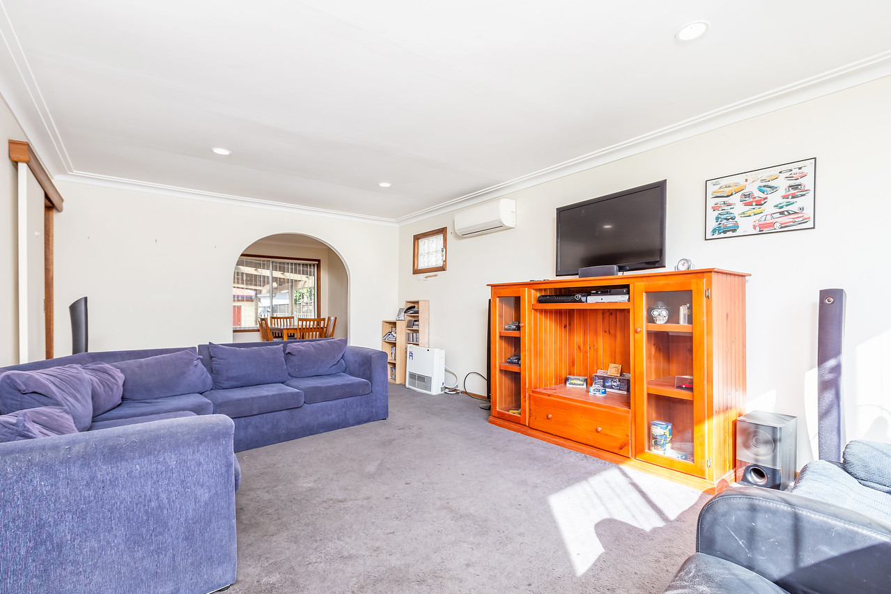 9 Thirlmere Parade TARRO