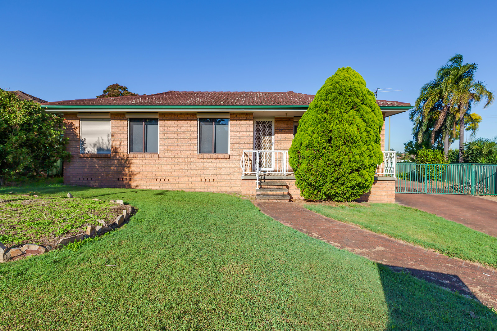 14 Michael Hill Avenue WOODBERRY