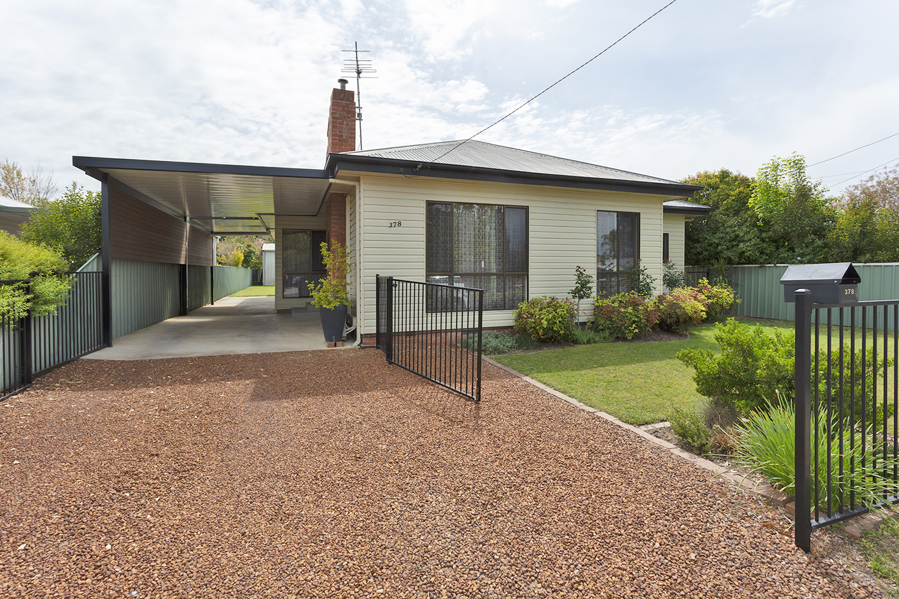 378 Glenly Street NORTH ALBURY