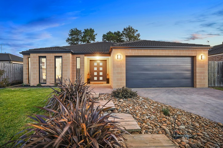 33 Peppertree Rise