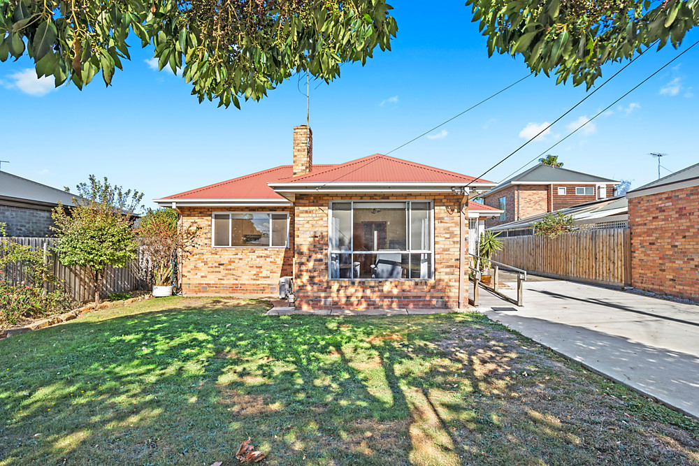 13 Toyne Avenue Hamlyn Heights