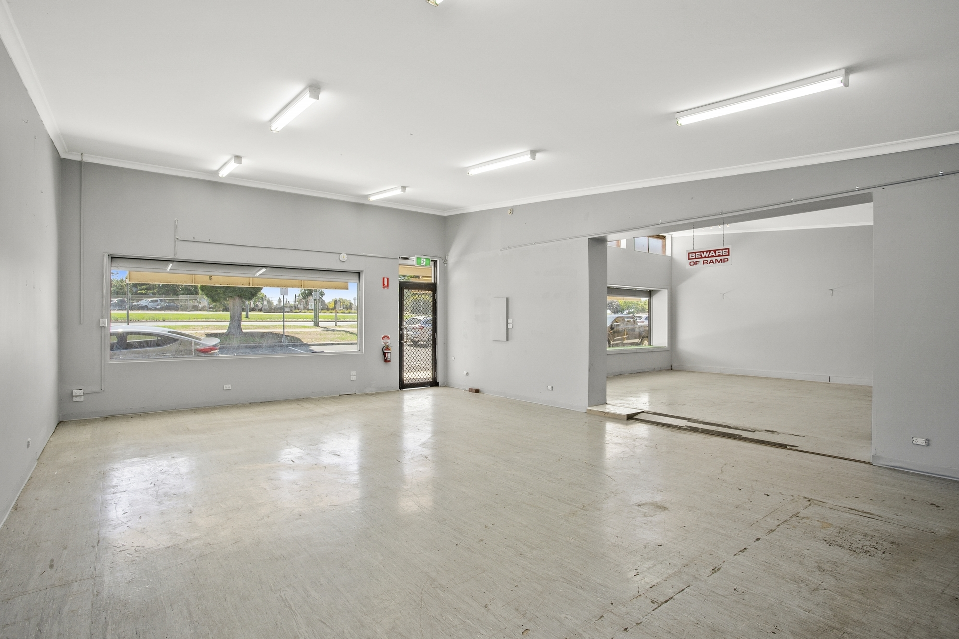 1 & 2/136-146 Ormond Road East Geelong
