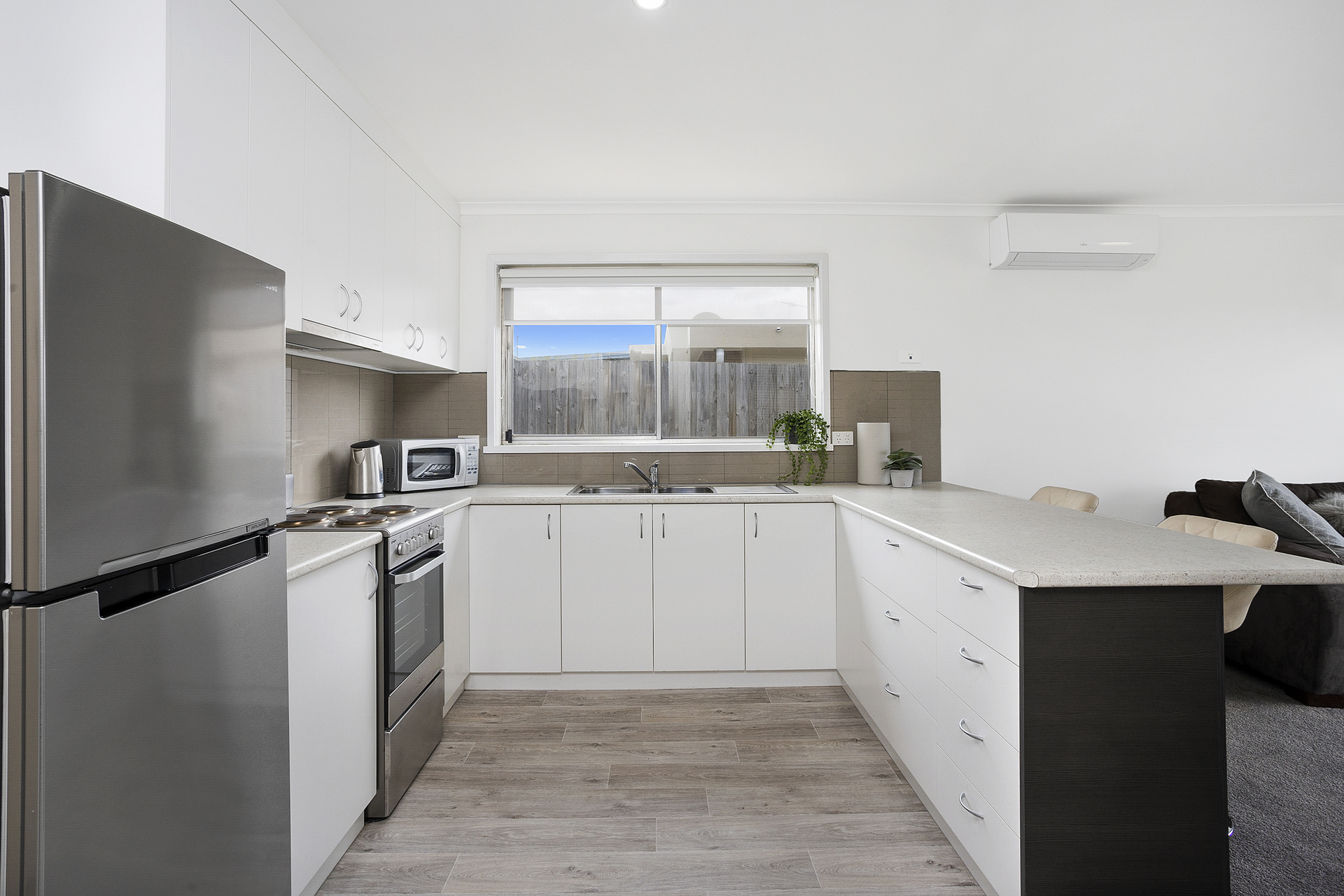 2/56 Hennessy Avenue Herne Hill