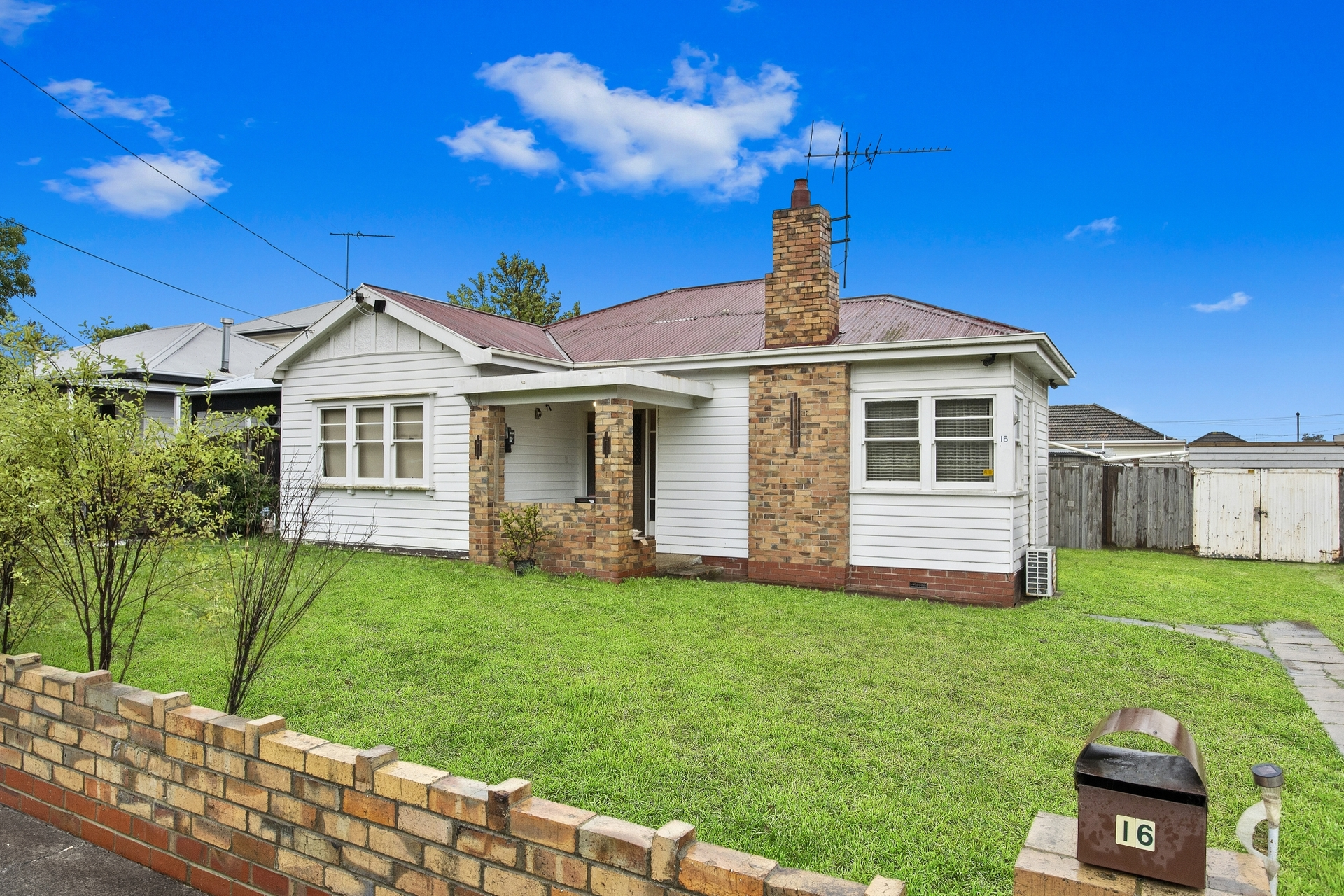 16 Herne Street Manifold Heights