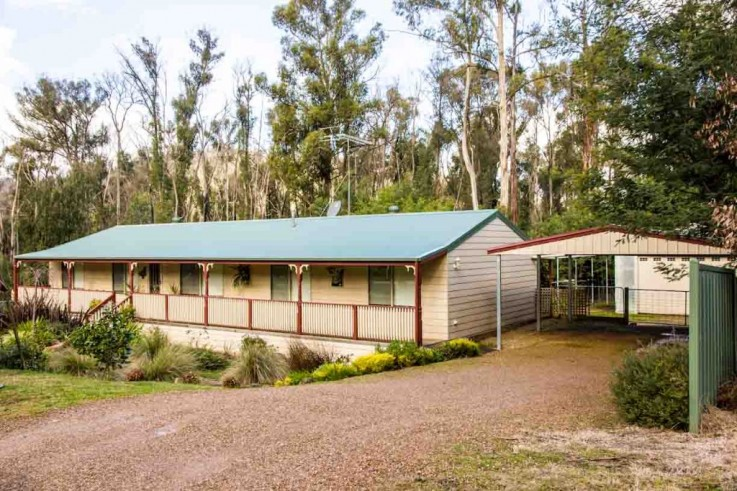 62 Silver Parrot Road