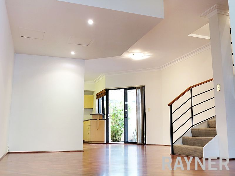 3/2A Janet Street WEST PERTH