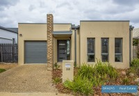 38 Bungle Bungle Crescent, Harrison