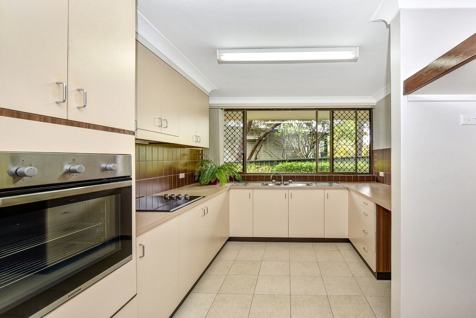 3/25 Garden Crescent PORT MACQUARIE