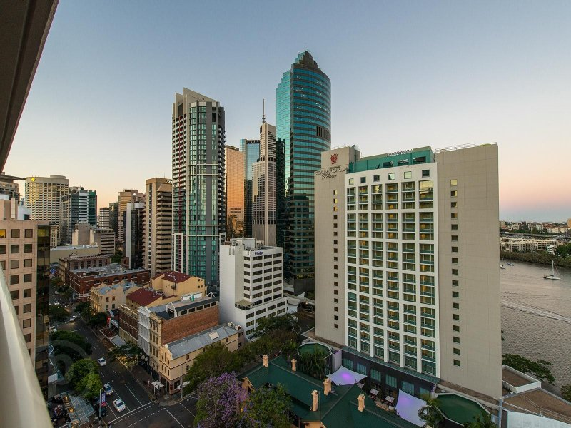 1504/12 Edward Street BRISBANE CITY