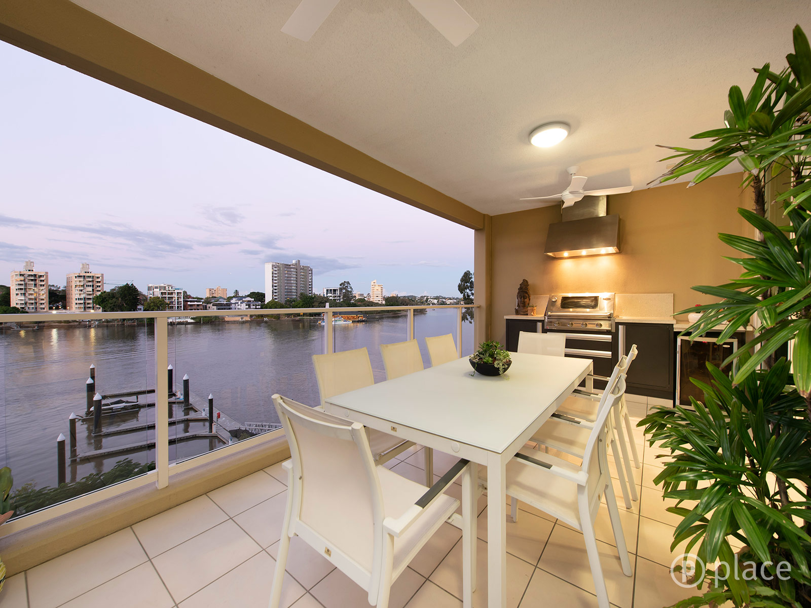 5E/39 Castlebar Street KANGAROO POINT