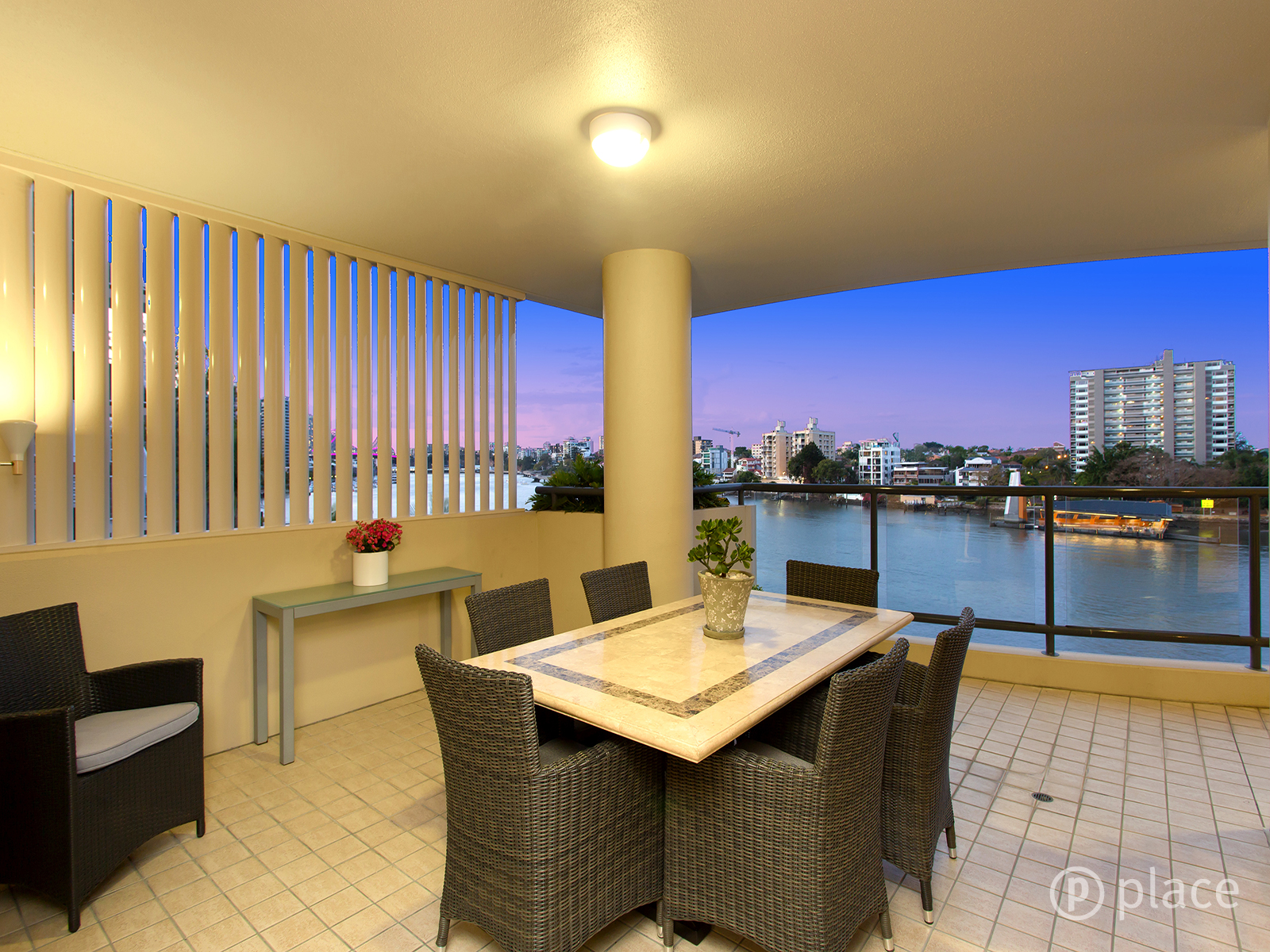 6/76 Thorn Street KANGAROO POINT