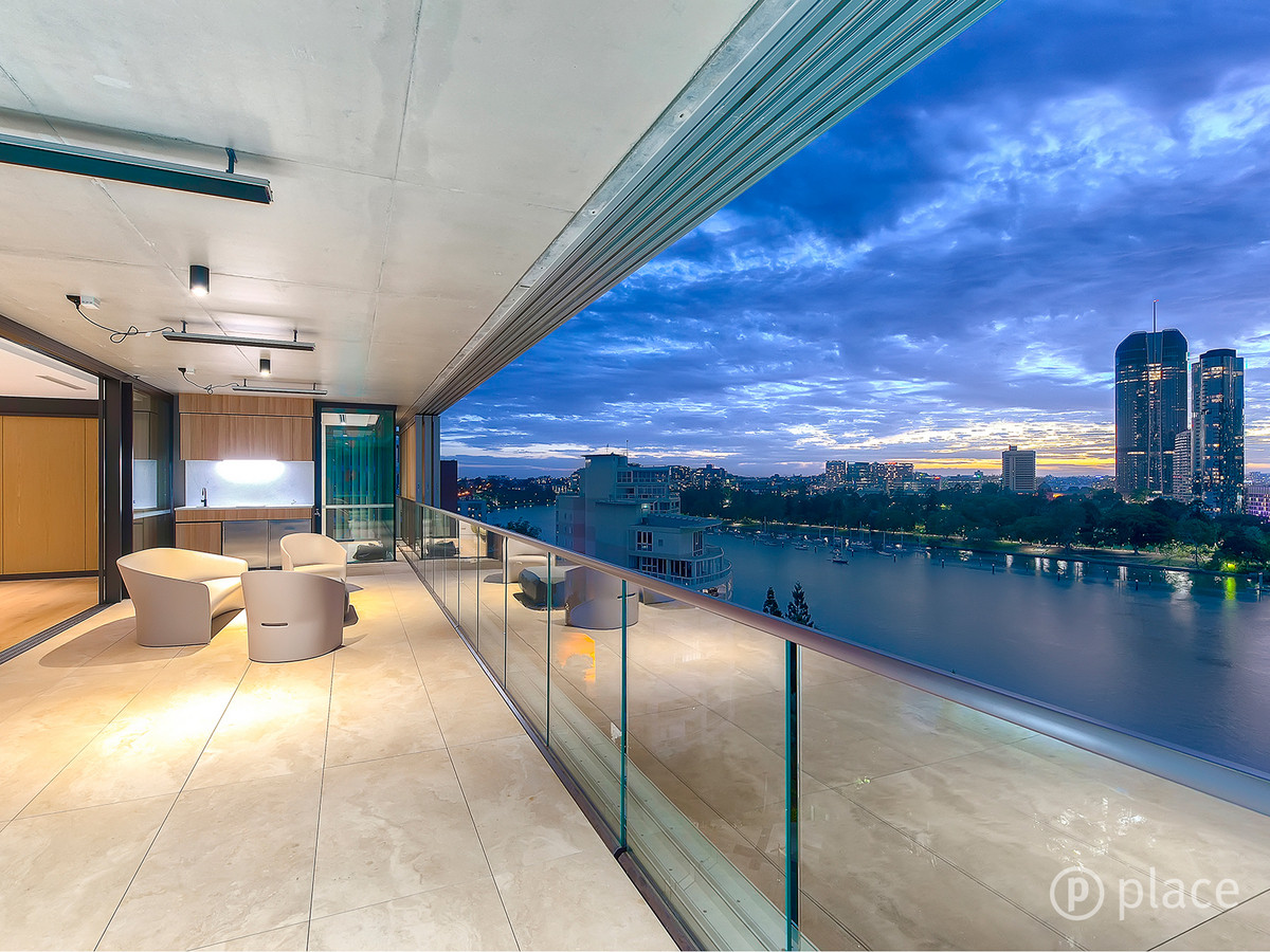 8/2 Scott Street KANGAROO POINT